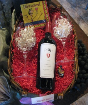 Winestyles Beaumont Valentine S Day Gift Basket For Her Eat Drink