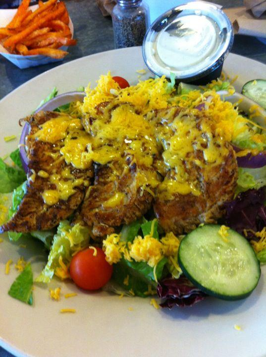 Novrozsky's Grilled Chicken Salad