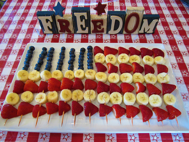 4th of July fruit kabob
