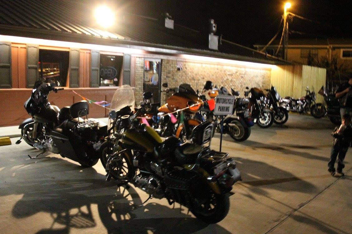 Wings to Go motorcycle night Nederland TX, bike night Mid County, bike night Golden Triangle, bike night Southeast Texas, SETX bike night