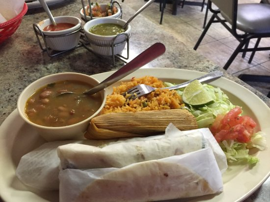 Mexican food Lufkin, Mexican restaurant Nacogdoches, tamales Lufkin, restaurant reviews Nacogdoches, East Texas tamales,